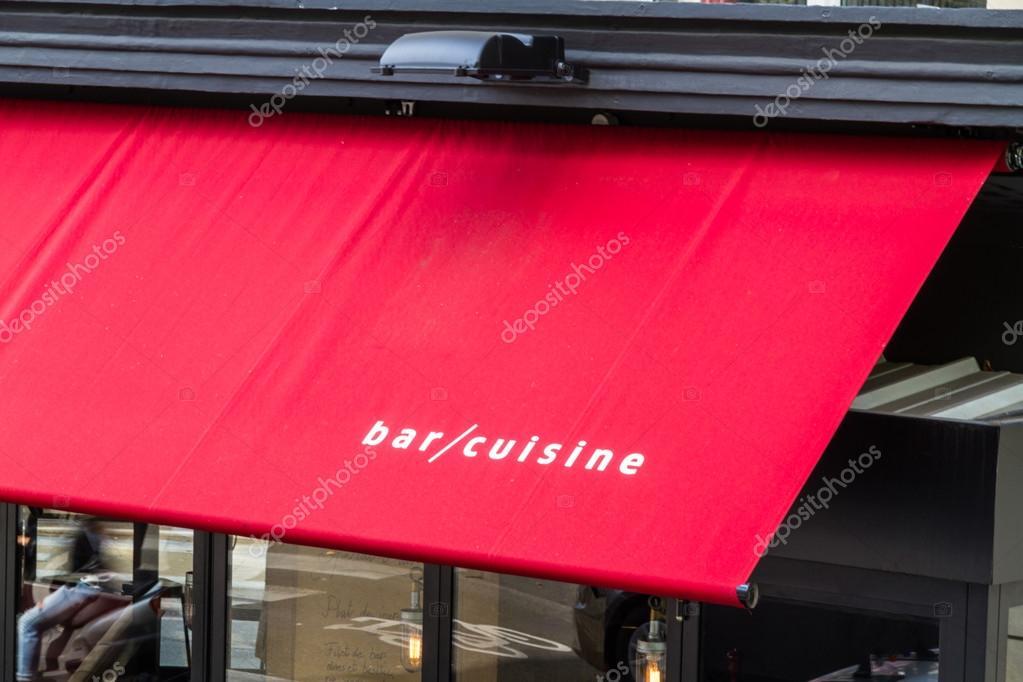 Bar Küche auf rote Markise — Stockfoto © fatmanphoto #115764740