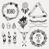 Fotografia Vector monochrome ethnic set with arrows, feathers, crystals, floral frames, borders, dream catcher, bull skull. Modern romantic boho style. Templates for invitations, scrapbooking. Hippie design elements.