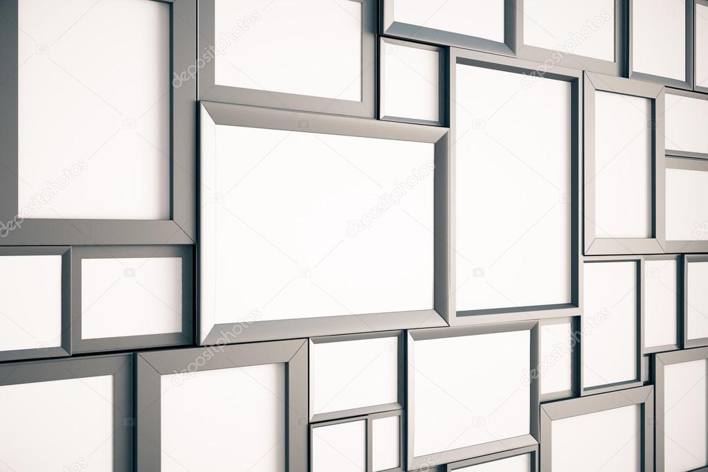 Muchos marcos de fotos madera marrón en blanco en la pared, imitan ...