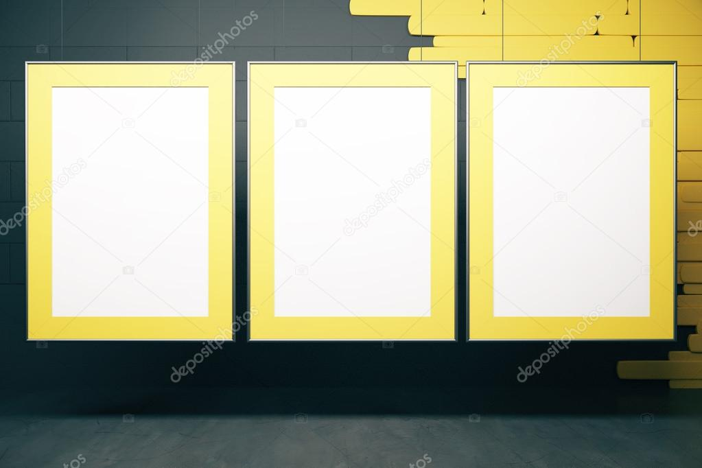 Marcos amarillos en interior negro — Foto de stock © peshkov #113055746