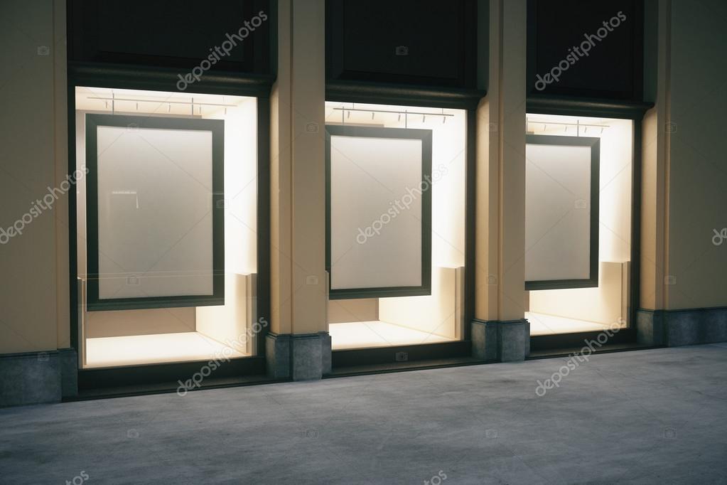 Exterior de la tienda con marcos — Foto de stock © peshkov #113055752