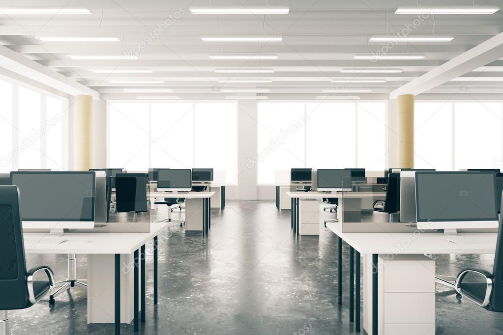 Ufficio di loft moderno open space con mobili pavimento for Stock mobili ufficio