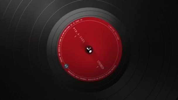 Schwarze Schallplatte auf einem Plattenspieler. Ein schwarzer Vinyl-Hintergrund mit einem roten Aufkleber in der Mitte für Ihren Text. DJ, Disco Trends 60er, - 90er.