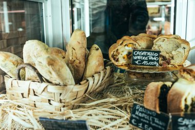 Bakery shop with traditional neapolitan breads