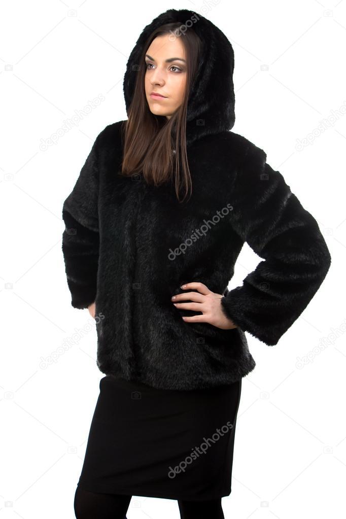 Fourrure Noir Manteau Capuche En Portrait Femme Avec De qpwSzI6U