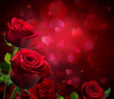 Sevgiliye arka plan ile kalpleri ve kırmızı gül