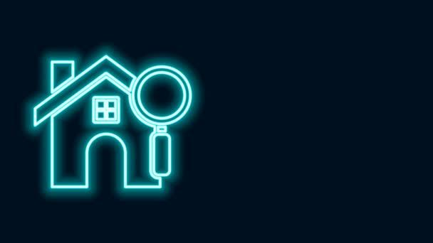 Leuchtende Leuchtschrift Suchen Haus-Symbol isoliert auf schwarzem Hintergrund. Immobilien-Symbol eines Hauses unter der Lupe. 4K Video Motion Grafik Animation