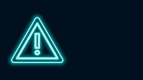 Zářící neonová čára vykřičník v trojúhelníku ikona izolované na černém pozadí. Varovné znamení nebezpečí, opatrné, pozorné, varovné znamení nebezpečí. Grafická animace pohybu videa 4K