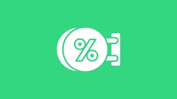 Bílá tabule visí s nápisem sleva procenta ikona izolované na zeleném pozadí. Vhodné pro bar, kavárnu, hospodu, restauraci. Grafická animace pohybu videa 4K