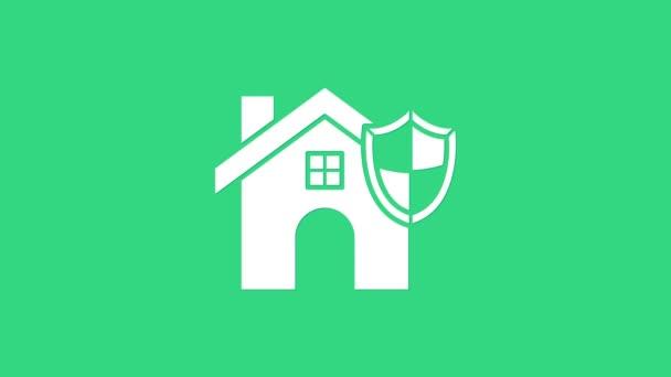 Fehér Ház pajzs ikon elszigetelt zöld alapon. Biztosítási koncepció. Biztonság, biztonság, védelem, védelem. 4K Videó mozgás grafikus animáció