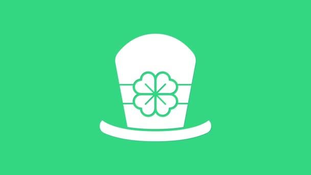 Bílý Leprechaun klobouk a čtyři listy jetele ikony izolované na zeleném pozadí. Šťastný den svatého Patricka. Grafická animace pohybu videa 4K