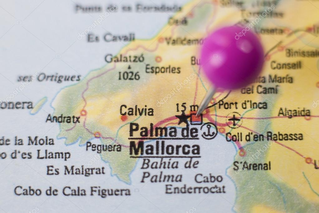 Pushpin marking on Palma de Majorca Spain — Stock