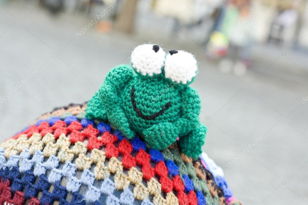 Frosch gehäkelt — Stockfoto © Juan_G_Aunion #71867759