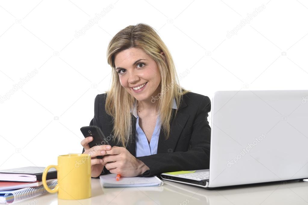 Фото блондинок оголених скачати на мобільний фото 222-831