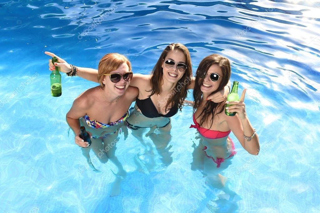 girl on girl pool