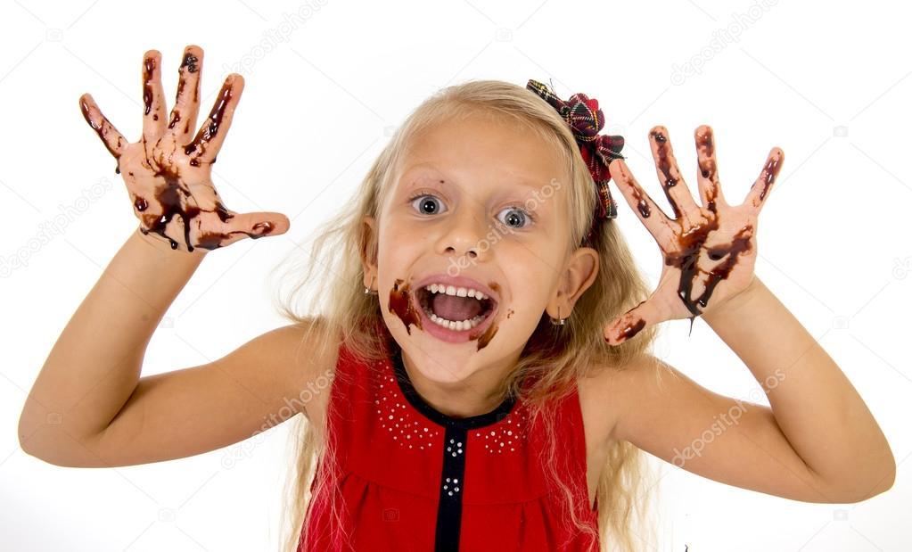 File Cyndi Blue Hair 2000 Jpg: Hübsches Kleines Weibliches Kind Mit Langen Blonden Haaren