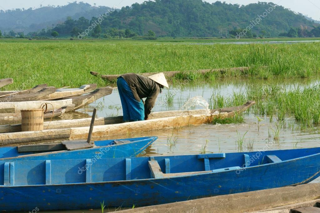 Azjatycki Rolnik Wiersz łodzi Rodzina Iść Do Pracy