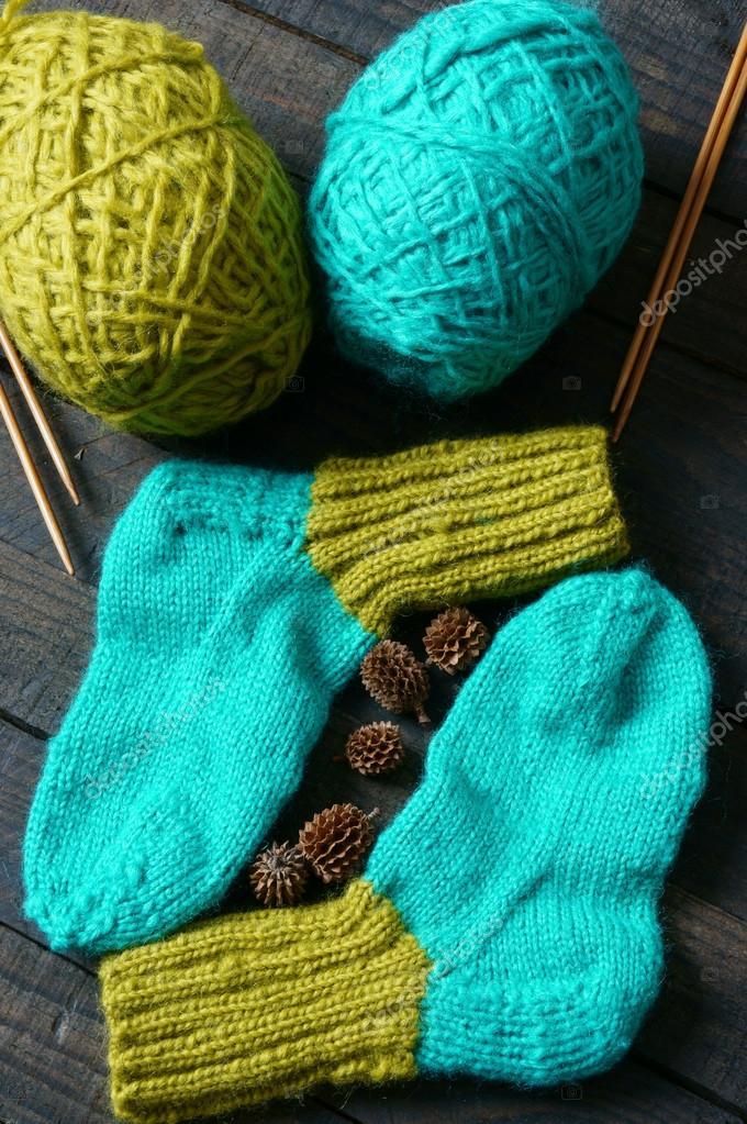 1d52b041b Medias tejidas a mano | calcetines, medias, invierno, tejidos hechos ...