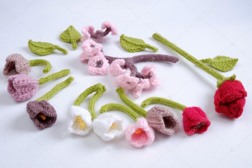 Spring flower, handmade tulip, diy, knit — Stock Photo © xuanhuongho ...