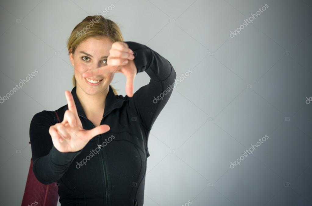 Mujer de encuadre de enfoque — Foto de stock © Bruno135 #111385302