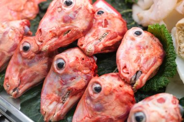 Skinned sheeps heads for sale
