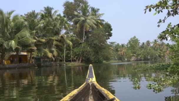 Kanu-Boot auf Backwaters von Kerala State, Südindien