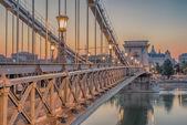Fényképek The Szechenyi Chain Bridge (Budapest, Hungary)