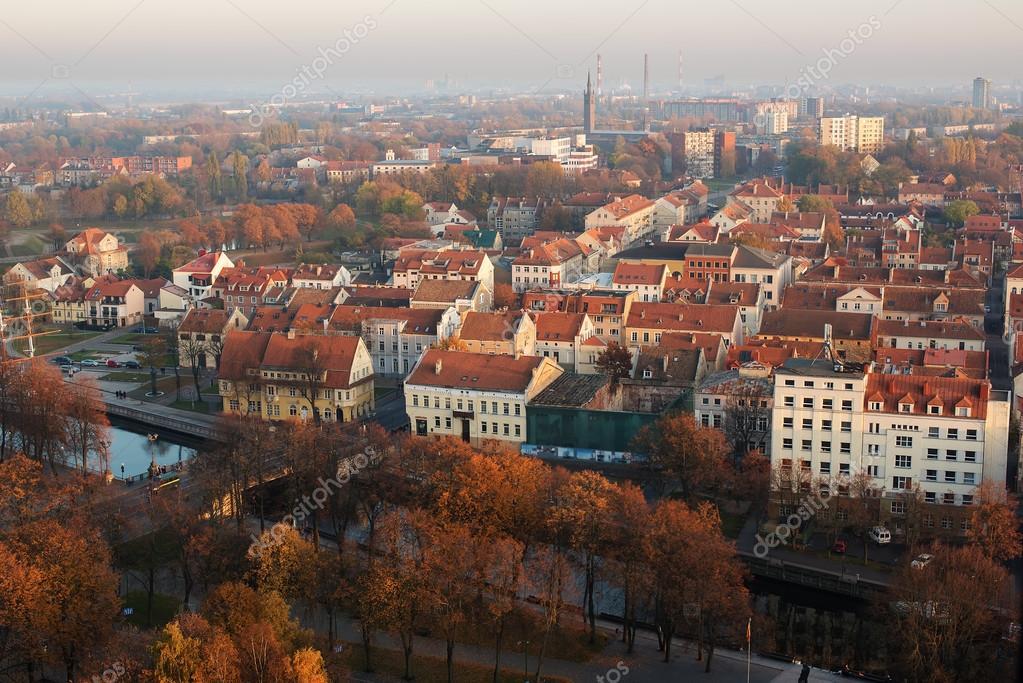 Осень в Старом городе Клайпеды, Литва — Стоковое фото ...
