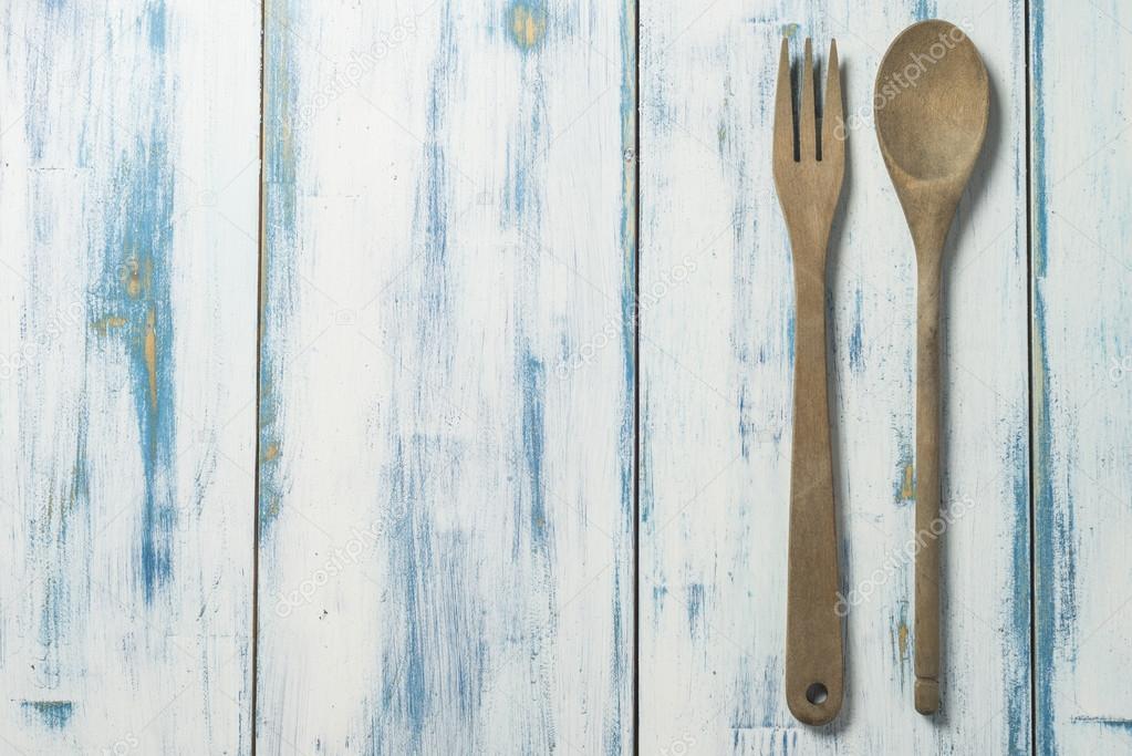 Vecchi utensili da cucina — Foto Stock © carpaumar #108722204