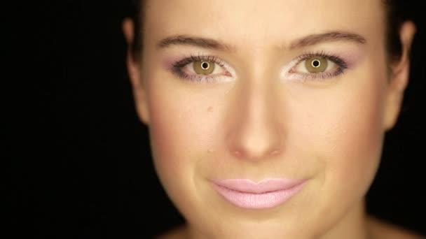 Kaukázusi női arc fekete