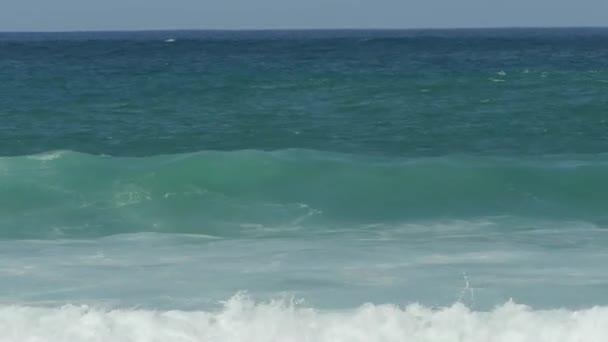 High surf ocean waves