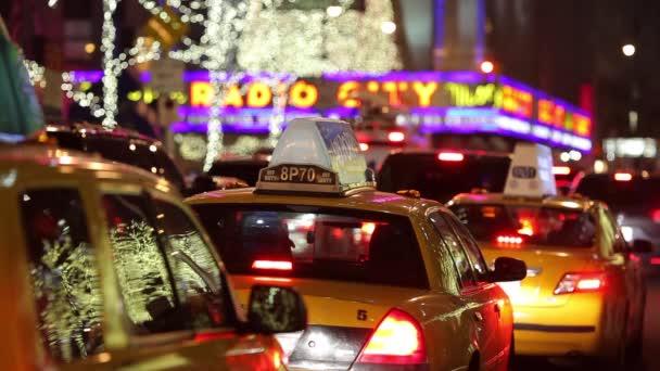 Vozy v provozu na Times Square