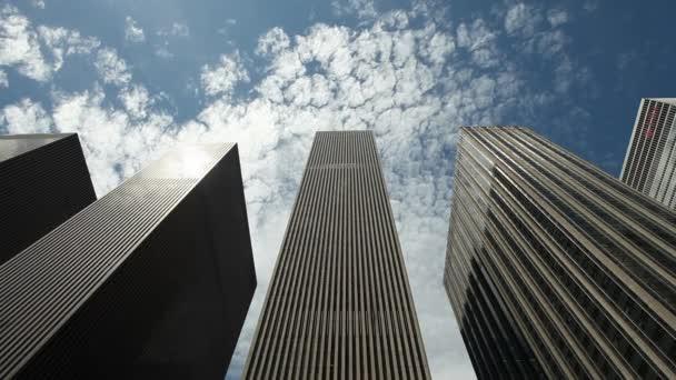 mraky Posuň vysoké budovy