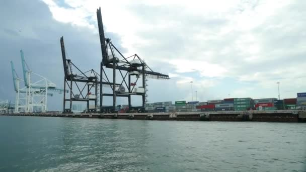 Konténer szállítás Port