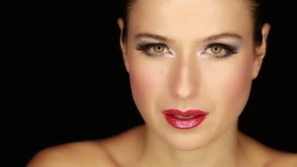 Kavkazská sexy ženský obličej