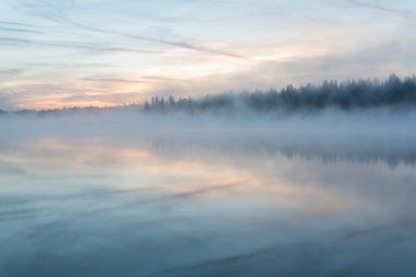 lake sunrise fog reflection