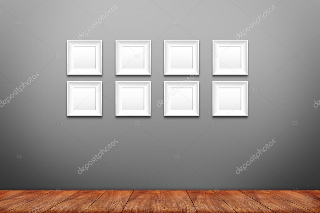 Collage de marcos de foto en blanco en la pared — Foto de stock ...