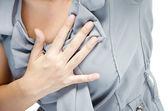 uzavřít se žena s prsou bolesti srdeční infarkt