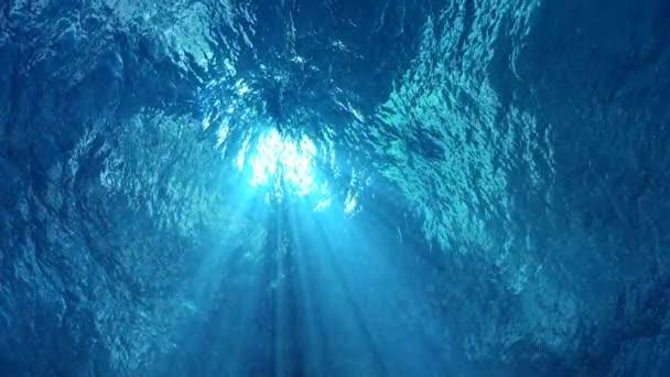 ocean waves from underwater
