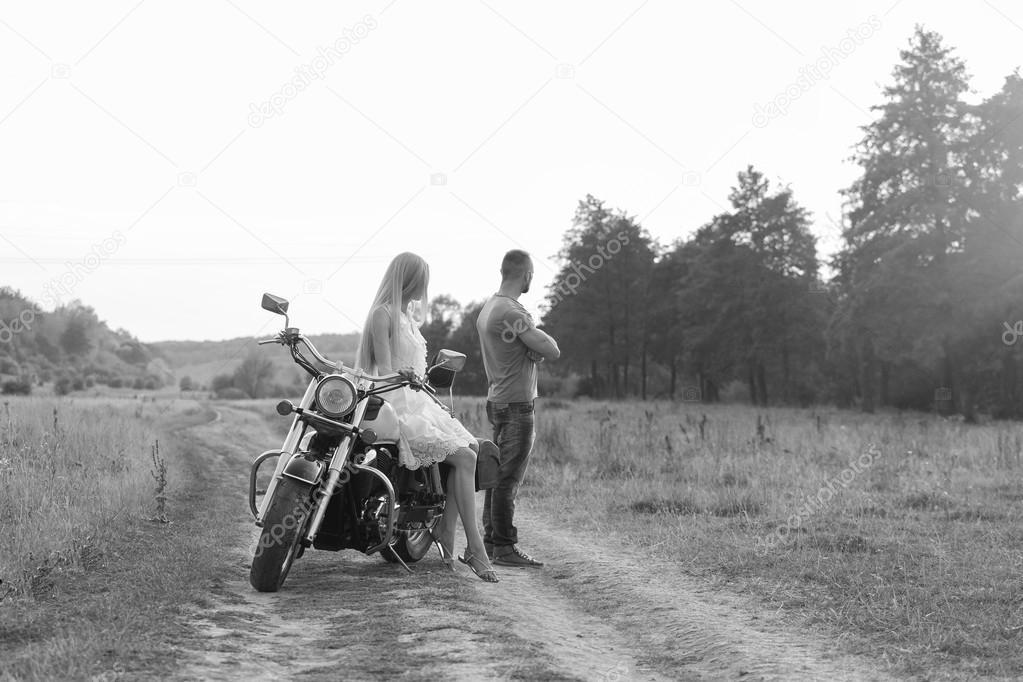Datazione motociclista