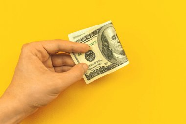Banka konseptine el ve para, kredi ve kredi ile depozito