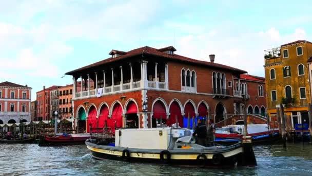 Lodě v Canal Grande