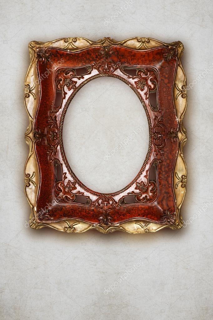 Antikes Bild Rahmen handgemachte Keramik isoliert auf Wand-Effekt ...