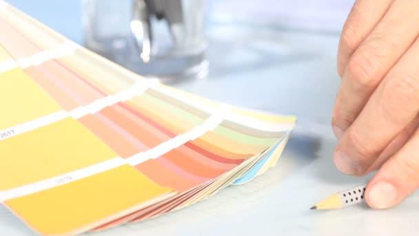 Výběr z palety barev stupnice, s tužkou
