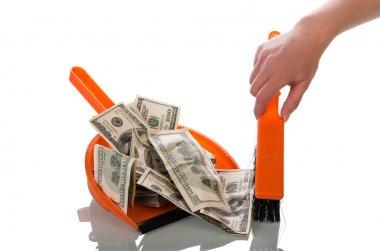 Sweeps money in the scoop