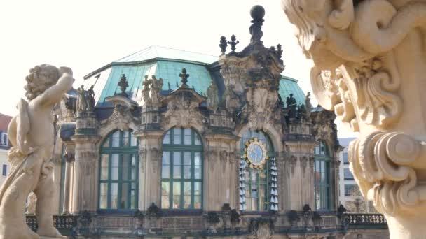 zwinger palast in dresden, detail
