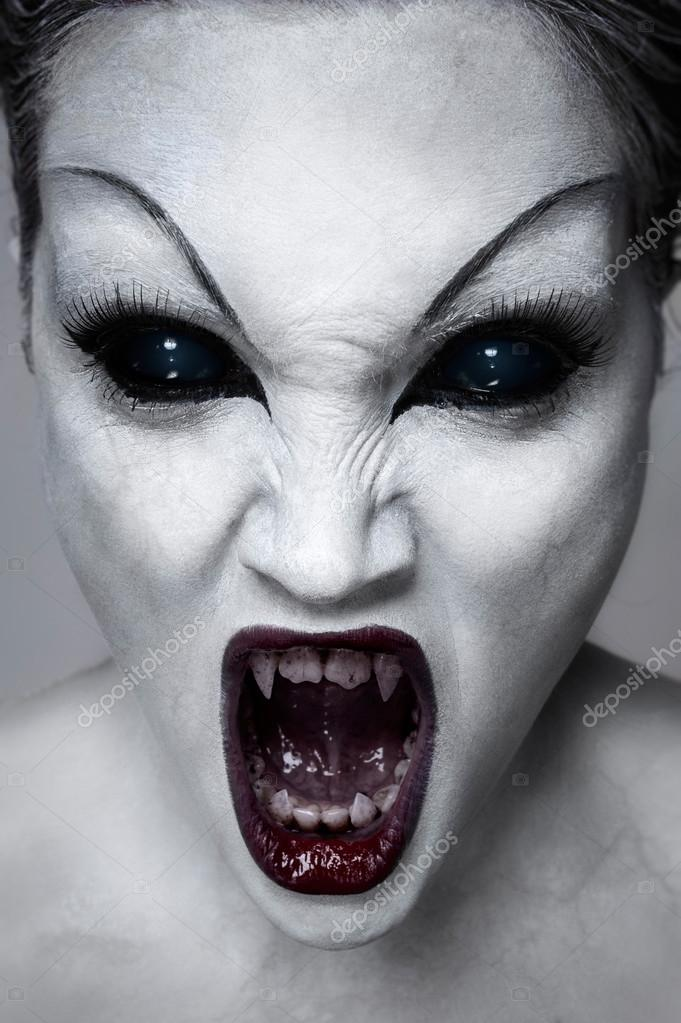 Zombie girl
