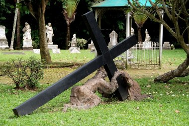 Singapore: Christ Carrying Cross in Cemetery