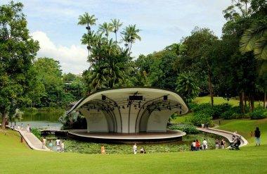 Singapore: Shaw Symphony Stage in Botanic Gardens