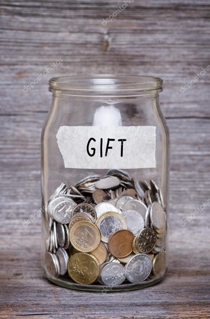 Geschenk Geld Glas Mit Münzen Auf Holztisch Stockfoto Ctvvelve